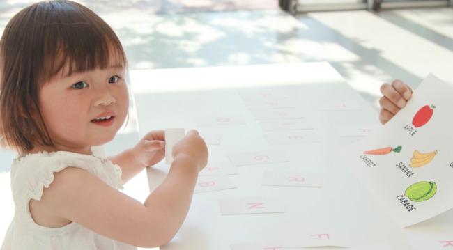 幼児への英語の教え方